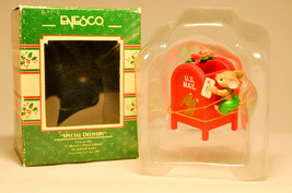 Enesco: Special Delivery - 565091 - Mouse & Mailbox - Treasure of Christmas - $11.61