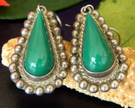 Vintage Diaz Santoyo CJB Earrings Sterling Silver Green Onyx Mexico - $39.95