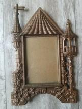 Vintage Bronze Brass Picture Frame Castle Cottage Design Fits a 3x5 Need... - €22,42 EUR