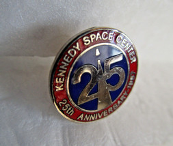 Kennedy Space Center LAPEL PIN Authentic 1987 Issue 25th Anniversary - $9.99