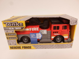 Tonka Rescue Force Lights and Sounds 12-inch Ladder Truck - Fire Dept 82... - $29.95