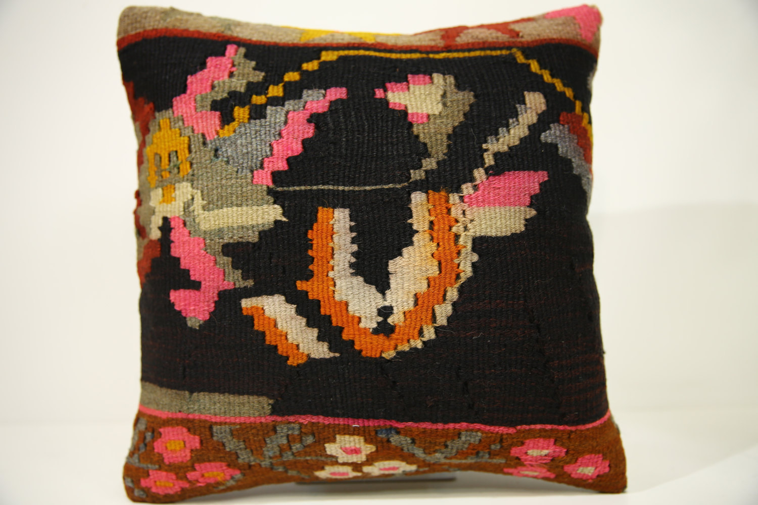 Kilim Pillows | 14x14 | Kelim pillows | 1422 | Turkish pillows , Kilim cushion