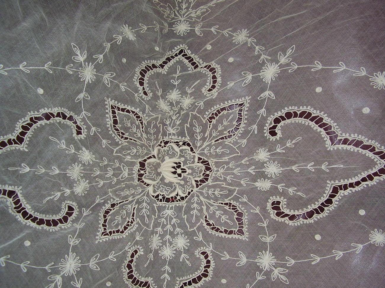 Vintage - Sheer Bed Cover image 3