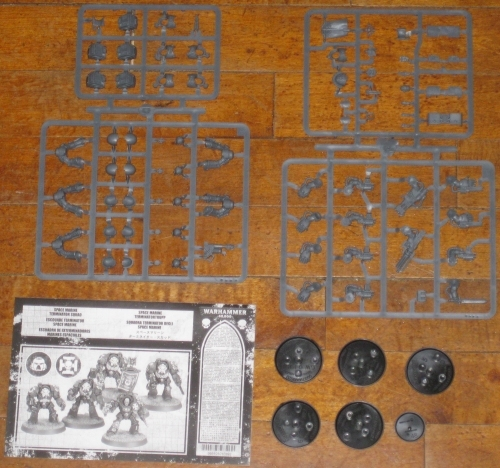 Warhammer 40,000 Space Marine Terminator Squad new on sprue