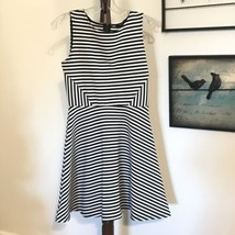 FOREVER 21 S  Sleeveless ribbed striped dress Fit Flare Zipper  Black Wh... - $18.46