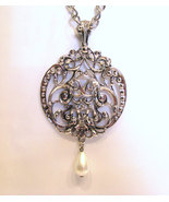 Avon Medallion Pendant Necklace Pearl Drop - $20.00