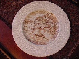 "Royal Cauldron England Ludlow Castle Dinham Bridge Plate 9 3/4"" - $14.00"