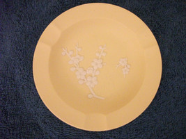 Wedgwood Yellow Jasperware Ashtray Trinket Tray Classical Pretty - $18.68