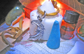 Haunted COVEN BLESSED MOON GODDESS STRENGTHS KIT OIL CHARM INCENSE Cassia4  - $16.50