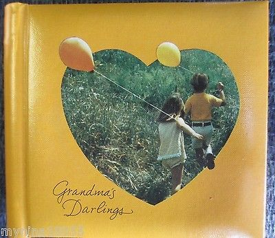 Vintage NOS Hallmark Photo Album Grandmas Darlings Holds 20 Photos *