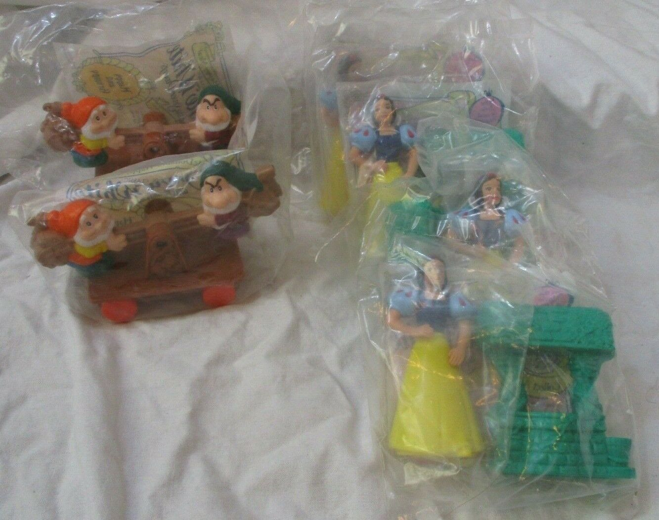 Primary image for MCDONALD'S Happy Meal Toys  SNOW WHITE And Dwarfs Lot of 6
