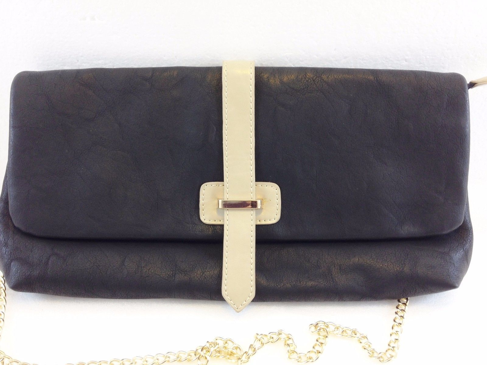 Shiraleah Chicago Black Vegan Leather Clutch Envelope Handbag NEW Optional  Strap -  40.40 46cce181b5