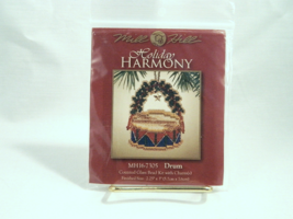 Mill Hill Holiday Harmony DRUM Counted Glass Bead Kit with Charms - New ... - $7.50
