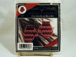 Mill Hill MITTENS Holiday Ornament Counted Glass Bead Kit w/Pin Back Opt... - $9.50