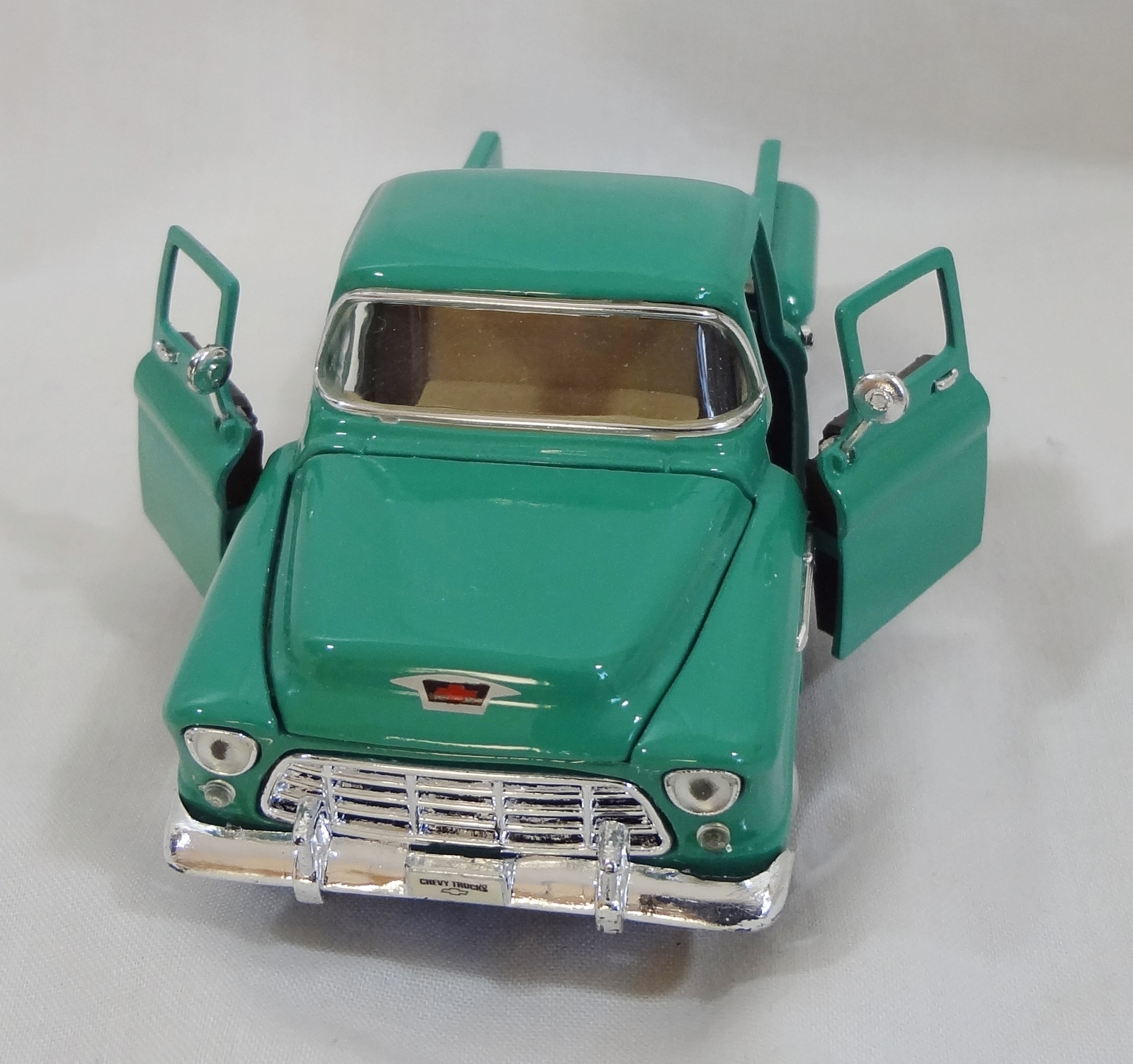 1955 chevy 3100 stepside model truck diecast and 50 similar items. Black Bedroom Furniture Sets. Home Design Ideas
