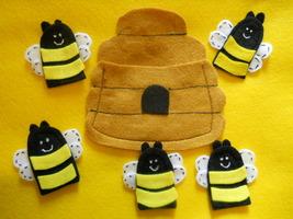 5 Little Bees Finger Puppets - $9.99