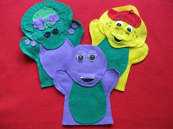 Barney and friends Baby Bop and BJ hand Puppets