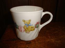 Corelle Corning ~ Holiday Magic~ Christmas Holiday ~ Coffee Cups Mugs  Set of 7 - $31.78
