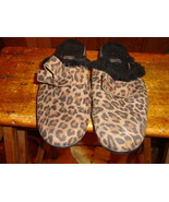STUART WEITZMAN Brown Animal Print Suede Bow Detail Mules Shoes Sz 6 - $32.71