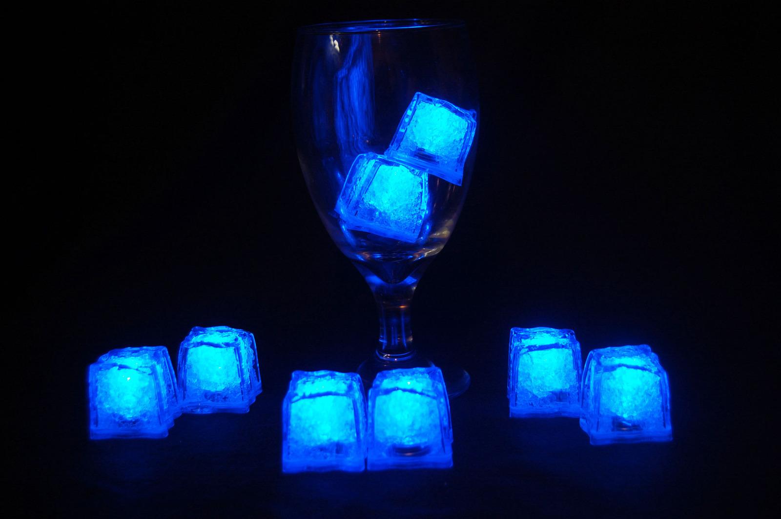 8 sapphire jewel litecubes1