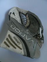 Bauer Vapor Senior Goalie Glove Off White & Gray Flex Zone - $99.99