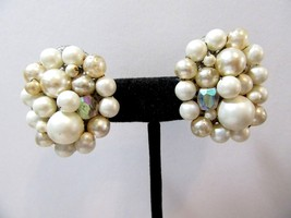 LARGER OVAL FAUX PEARL MADE IN JAPAN CLIP ON EARRINGS PRETTY MID CENTURY... - $18.00