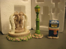 Cherished Teddies CT983 Mailbox, Lamppost, and Water Fountain - $4.94