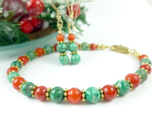 Green_chrysocolla_red_coral_beaded_christmas_holiday_bracelet_earring_6a1bdd91_1_