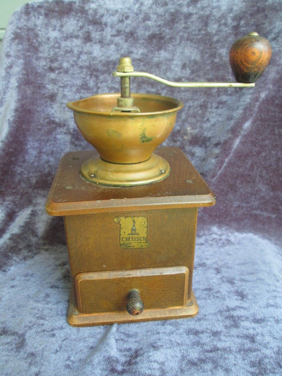 TROSSER 60s vtg wooden coffee grinder, very good condition, 7.5
