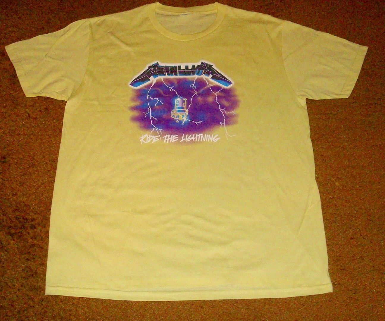 Primary image for METALLICA RIDE THE LIGHTNING T-SHIRT     SIZE LARGE!   BRAND NEW!