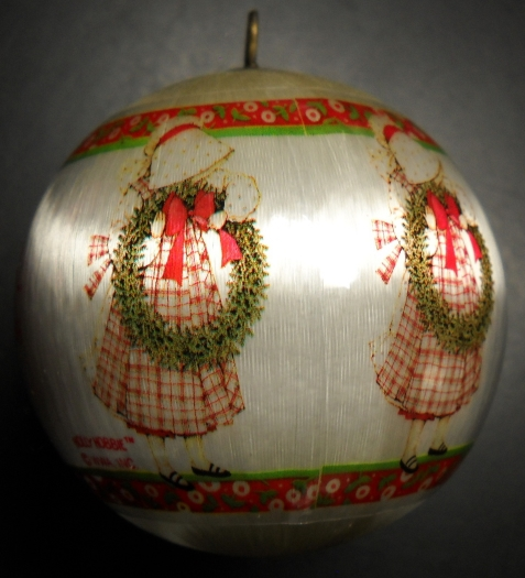WWA Christmas Ornament 1981 Holly Hobbie Daughter Designers Collection Satin Box - $10.99