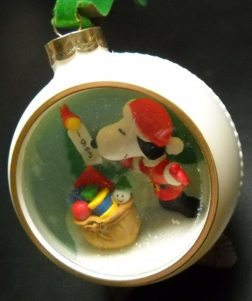 Primary image for Hallmark Christmas Ornament 1983 Peanuts Snoopy Santa Claus Bulb Panarama Dated