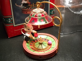 Enesco Treasury Christmas Ornaments 1992 Joy To The Whirled 4th in Casin... - $12.99