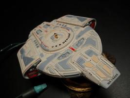 Hallmark Keepsake Ornament Star Trek 1997 USS Defiant Deep Space Nine Li... - $19.99