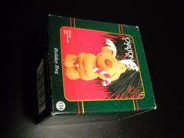 Carlton Cards Heirloom Ornament 2000 Holiday Hug Little Treasures Boxed ... - $6.99