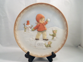 """Enesco 1993 """"Look Out - Something Good Is Coming Your Way!"""" Collector's Plate! - $9.79"""