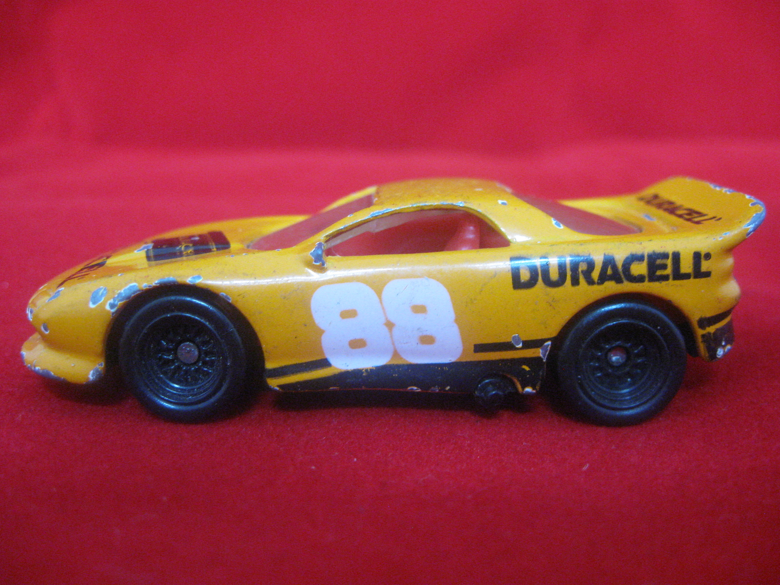 hot wheels 1993 duracell 88 diecast race car contemporary manufacture. Black Bedroom Furniture Sets. Home Design Ideas