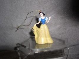Snow White glitter dress from Snow White and the 7 Dwarfs Disney ornament - $19.33