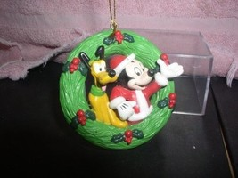 Disney Mickey  and Pluto Christmas Reef Ornament Mint - $19.33