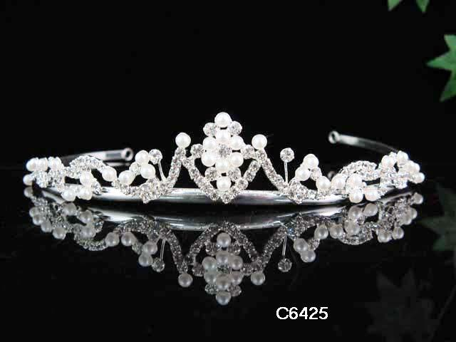 Primary image for WEDDING WOMAN HAIR ACCESSORIES;PEARL DAISY NEW BRIDAL TIARA ;BRIDE REGAL 6425