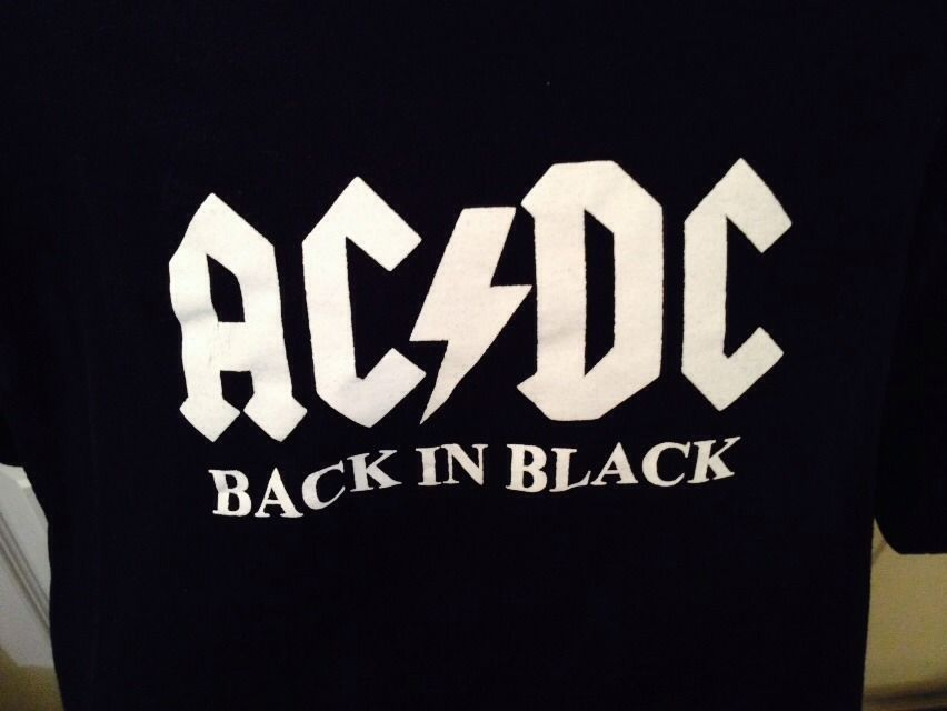 Primary image for AC DC BACK IN BLACK T SHIRT MEN'S SIZE XL ROCK GROUP BASIC TEE SHORT WHITE LETTE