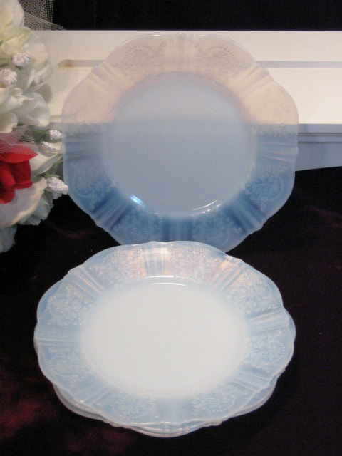 Primary image for Vintage American Sweetheart Monax Bread Dessert Plate Depression Glass Set