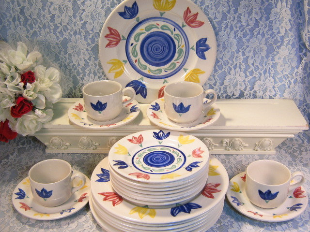 English EIT Tulip Ironstone Dinnerware Set Staffordshire England 23 Pieces & English EIT Tulip Ironstone Dinnerware Set and 50 similar items