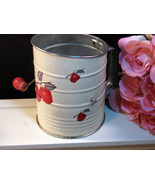 Vintage Metal Litho Apple Pattern Flour Sifter from the Depression Era, ... - $49.99