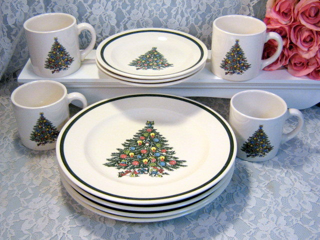 Primary image for Vintage Royal China USA Christmas Tree Dinnerware Set Plates and Cups Set 1960s