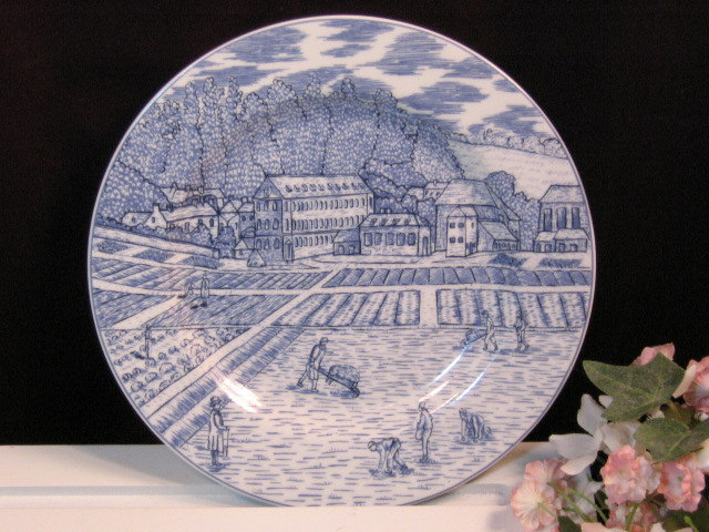 Primary image for Vintage American Atelier Blue Towle Lunch or Salad Plates, Set of Three