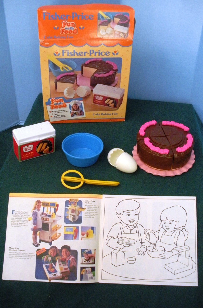 Vintage Fisher Price #6150 Fun with Food Cake Baking Fun COMPLETE/MINT IN BOX!