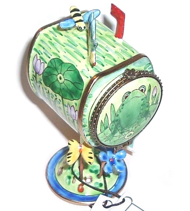 Primary image for KELVIN CHEN Frog Spring Mailbox Stamp Holder Collectible
