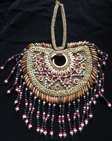 Primary image for Rombe Star Round Bead Shell Necklace Home Decor Interior Designer Papuan Style