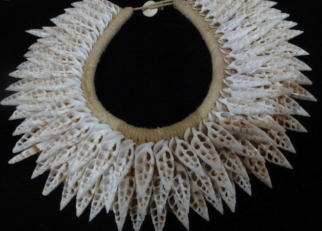 Primary image for Asmat Tribal Shell Necklace Adornment Hand Woven Papua New Guinea Style interior